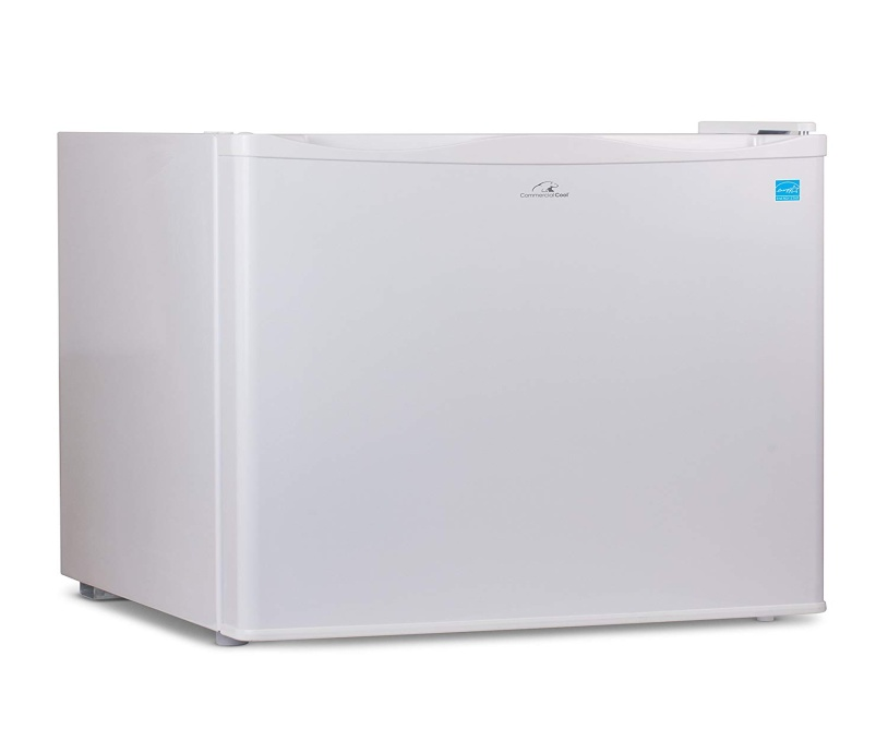 Commercial Cool CCUK12W Upright Freezer