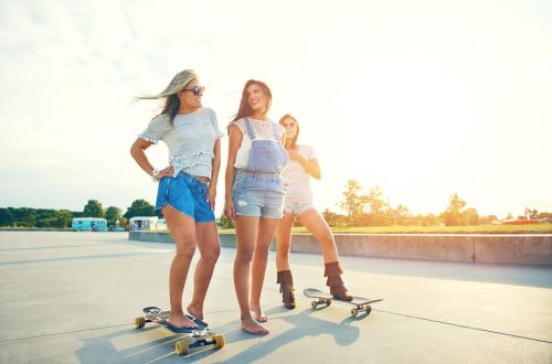 What is the Difference Between a Boardless Skateboard and a Normal Skateboard?