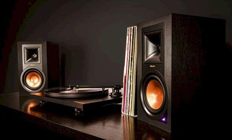 Top 10 Best Turntable with Speaker In 2020 - The Double Check