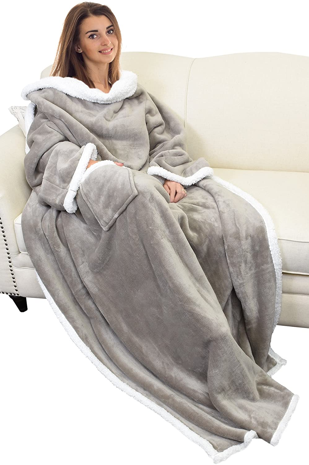 9. Catalonia Sherpa Wearable Blanket with Sleeves