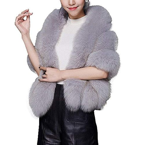 8. Huaqisen Women Luxury Faux Fur Coat